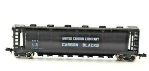 N Scale Trix United Carbon Company Carbon Blacks 55' Tank Car 46135 Black