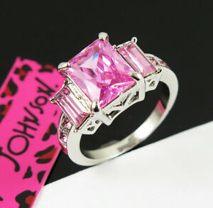 New Betsey Johnson Princess pink GemStone White Colour Classic Ring Size 7