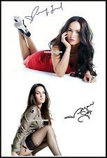 Megan Fox, Autographed, Pure Cotton Canvas Image. Limited Edition (MF-406)