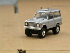dcp/greenlight CUSTOM lifted 1967 Ford Bronco silver 1/64.