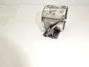 ANTIQUE AESTHETIC MERIDEN BRITTANIA SILVERPLATE FIGURAL DOUBLE EAGLE NAPKIN RING