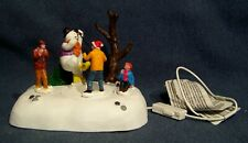 Lemax 94529 Frosty Frolic 2019 Vail Village Collection Polyresin Table ACC