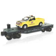 CHICAGO NORTHWESTERN RAILROAD O GAUGE FLATCAR W/ F150 MAINTENANCE TRUCK