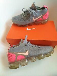 Nike vapormax Women's Trainers Size 4.5  grey fuxia