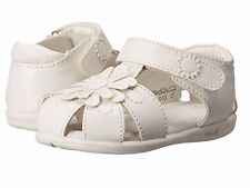 White Closed Toe Little Girls Summer Sandals  Little Girls Size 8  M