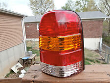 2001 - 07 FORD ESCAPE FACTORY RIGHT TAIL LIGHT USED