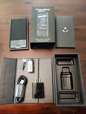 BlackBerry KEY2 LE BBE100-5 - 64 GB - (Unlocked) (Dual SIM) Used great condition