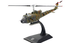 Solido 1/72 Scale S7200010 - Bell UH-1B Huey Helicopter - Vietnam 1964