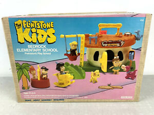 Vtg 1987 Flintstones Kids ELEMENTARY SCHOOL BEDROCK Playset COLECO Sealed NEW