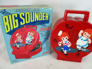 Vintage 1975 Raggedy Ann & Andy Big Sounder record player by Janex (works)