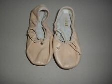 Bloch Girls Ballet Shoe   Size 9