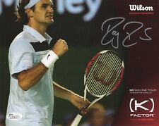 ROGER FEDERER HAND SIGNED 8x10 PHOTO       YOUNG POSE     TENNIS LEGEND      JSA