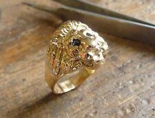 Anillo oro cabeza de león Marjan con ojos zafiro