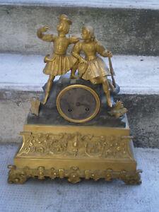 ancienne pendule sujet bronze mouvement a fil