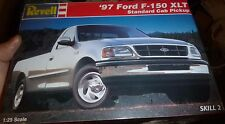 REVELL 1997 F-150 XLT PICKUP TRUCK 1/25 Model Car Mountain KIT FS