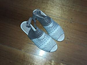 charles cooper leather sandals sz 39/8 made in italy