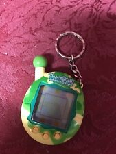 NO BACK! 2004 Tamagotchi Connection Keychain Electronic Game Army Camouflage