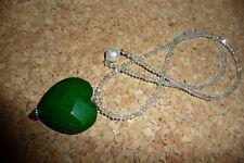 Halskette echte Jade Herz 3x3,5 cm mit Rocaillekette  47 cm mit Magnetverschluss