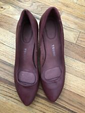 Tsubo Women Size 11 Deep Red Leather Pumps