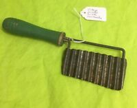 VINTAGE JULIENNE SLICER / Corrugated CHOPPER With Wood Handle. 7""