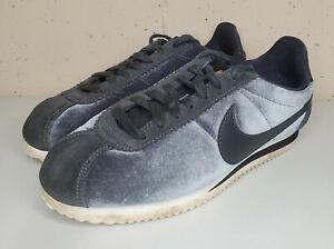 Nike Size 6.5 Cortez Classic SE 902856-012 Anthracite Black Womens Velour Shoes