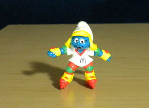 Smurfs Smurfette Rollerblade Inline Skates McDonalds Figurine Vintage PVC Figure