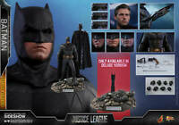 "Hot Toys 1/6 DC Justice League MMS456 Batman Deluxe Ver Bruce Wayne 12"" Figure"