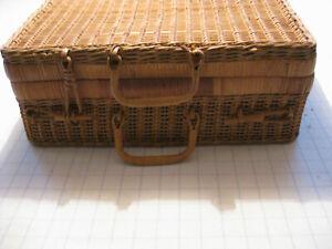 Weiden-Picknickkorb ohne Inhalt, 40x30x16 cm