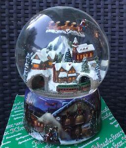 MusicBox Kingdom Snowstorm Snow Globe Music Box 490001