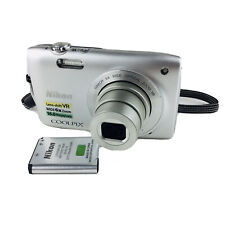 Nikon COOLPIX S3300 16.0MP Digital Camera - Silver