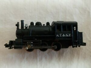 LIFE-LIKE N SCALE SANTA FE 0-6-0 TANK LOCOMOTIVE - NO BOX, TESTED, RUNS