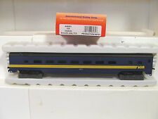 HO IHC 48281 VIA SS Coach 5437 Passenger Car