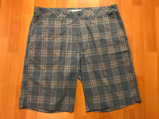 Travis Mathew Golf Shorts Men's Size 38 Lightweight Stretchy Plaid Flat Front