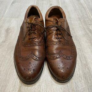 Clarks Size 8.5 Brown Brogues