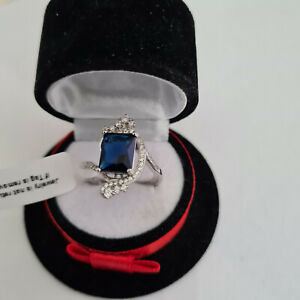 Stunning Blue Sapphire & Diamond ring in platinum over Sterling Silver
