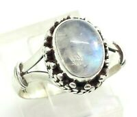 Amazing Design Oval Moonstone Sterling Silver 925 Ring 5g Sz.7.5 REY103