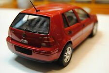 Volkswagen Golf - 1/24 - built - Tamiya