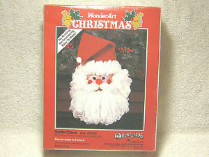 VINTAGE 1991 CARON WONDERART CHRISTMAS SANTA CLAUS ART. #K131 CRAFT KIT - NEW