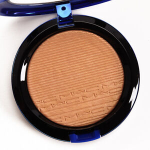 NIB MAC LED EXTRA DIMENSION SKINFINISH, SHAFT OF GOLD, SOLD OUT