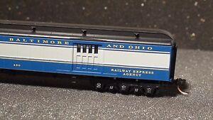 MICRO-TRAINS #147 00 090 70' BALTIMORE & OHIO HEAVYWEIGHT MAIL BAGGAGE CAR