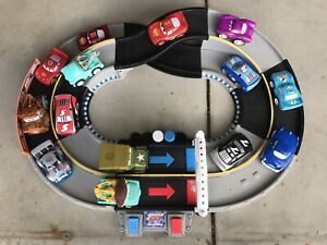 Fisher Price Shake N Go Speedway Race Track + 14 Cars All Tested & Working