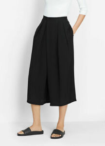 NWT VINCE SIZE M Black Pleated Silk Culottes Crossover Cropped Pants