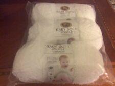 Lion Brand Baby Soft Boucle Yarn-White lot Of 3. Each 3.5 oz. #5 wt. Nip