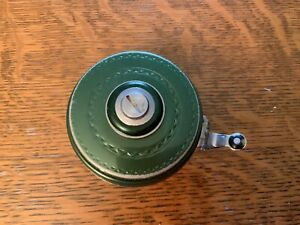 Vintage Shakespeare Silent Tru-Art Automatic No.1837 Fly Reel