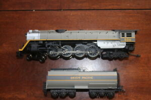 Bachmann Union Pacific 806 4-8-4 Steam Locomotive With Tender (FOR PARTS/REPAIR)
