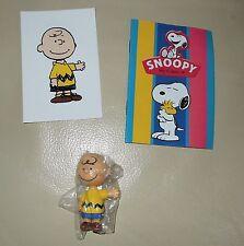 Personaggio Snoopy Peanuts 3D + sticker edibas collection CHARLIE BROWN