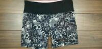 Lululemon Pace Breaker Shorts Womens Floral Black White Athletic Short SZ 4