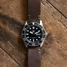 Seiko 5 Sports Divers Black Automatic day date with leather strap. Sea Urchin