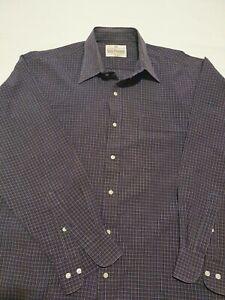 Van Heusen Mens Long Sleeve Shirt. Size 42cm.