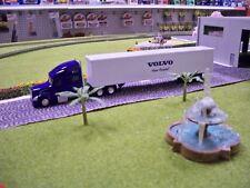 HO Truck N Stuff: Volvo Truck With Dry Box Trailer  #VT880